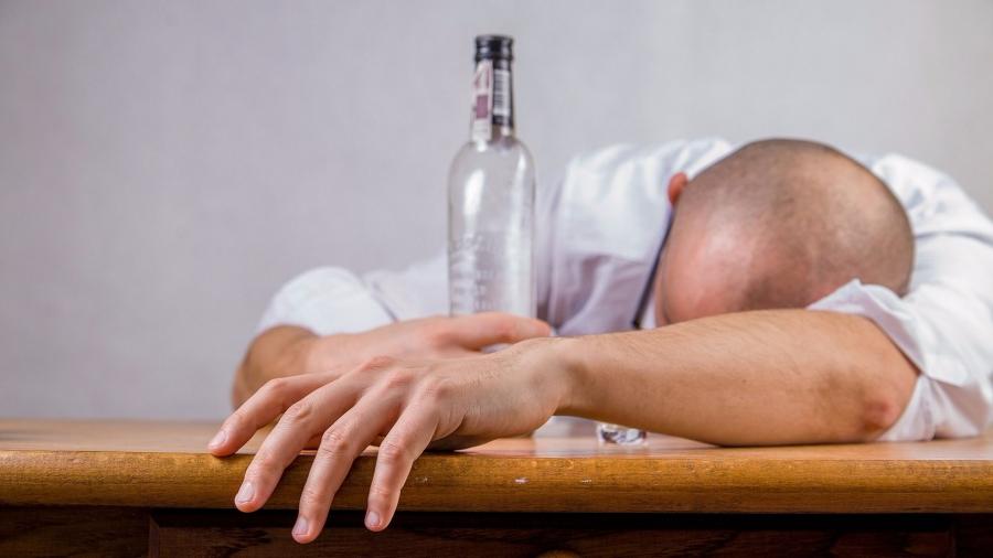 Как вылечить от алкоголизма?