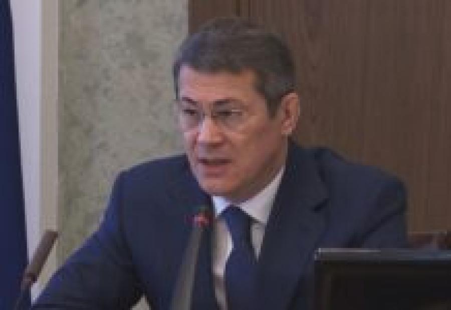Глава Башкирии призвал главврачей перестать «побираться»