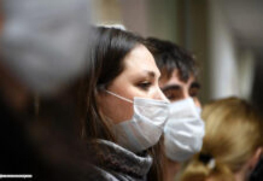 Глава «Лиги защитников пациентов» попросил Верховный суд отменить масочный режим в стране