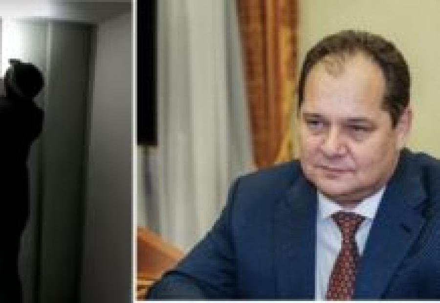 Губернатор ЕАО застрял в лифте больницы, где проверял качество ремонта