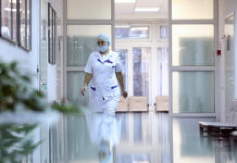 Инфекционист: Коронавирус не отступит в ближайшие два года
