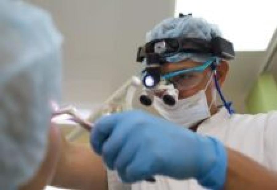 Лор-хирург больницы РЖД брал с пациентов деньги за бесплатные операции