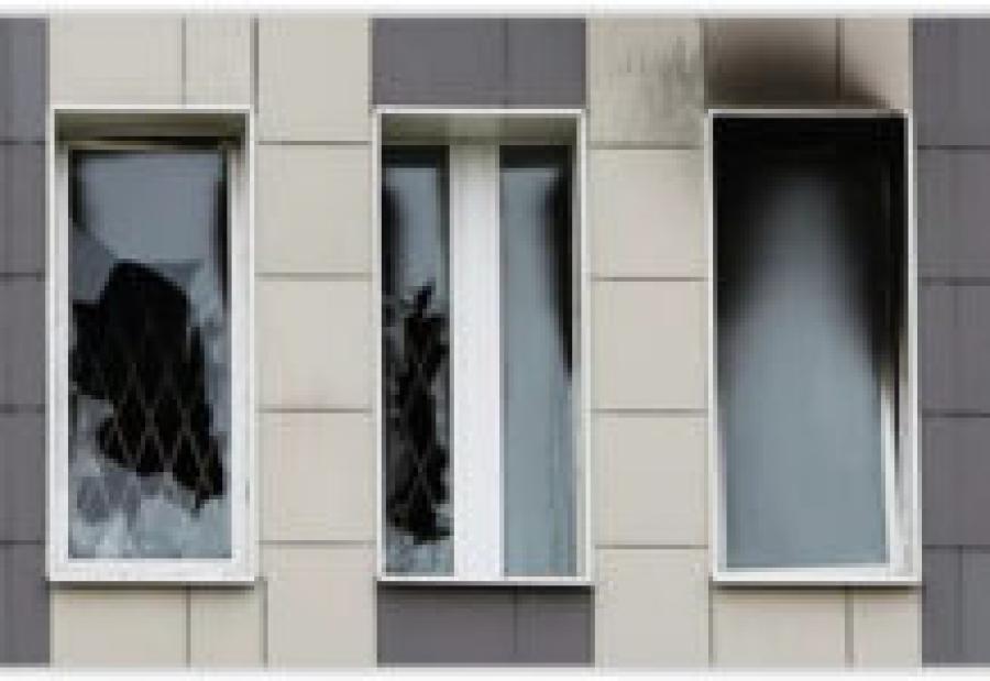 При пожаре в больнице Святого Георгия пострадал врач