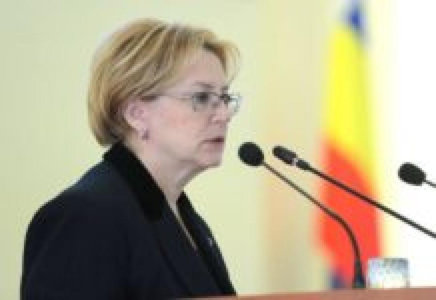Скворцова: В регионах выдавливают пациентов из ОМС в частные клиники