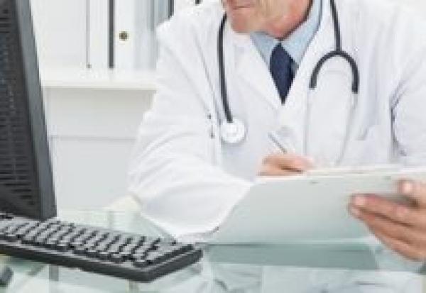 Слепой пациент не может получить инвалидность из-за врача, который не умеет работать с компьютером