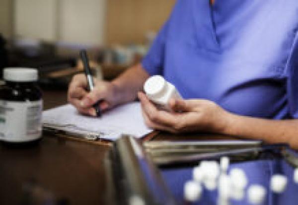 «Союзфарма» предложила штрафовать врачей за отказ выписывать рецепт на лекарство