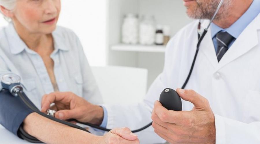 У терапевтов безлимитное количество приемов, но за невыполнение жесткого плана - штрафы