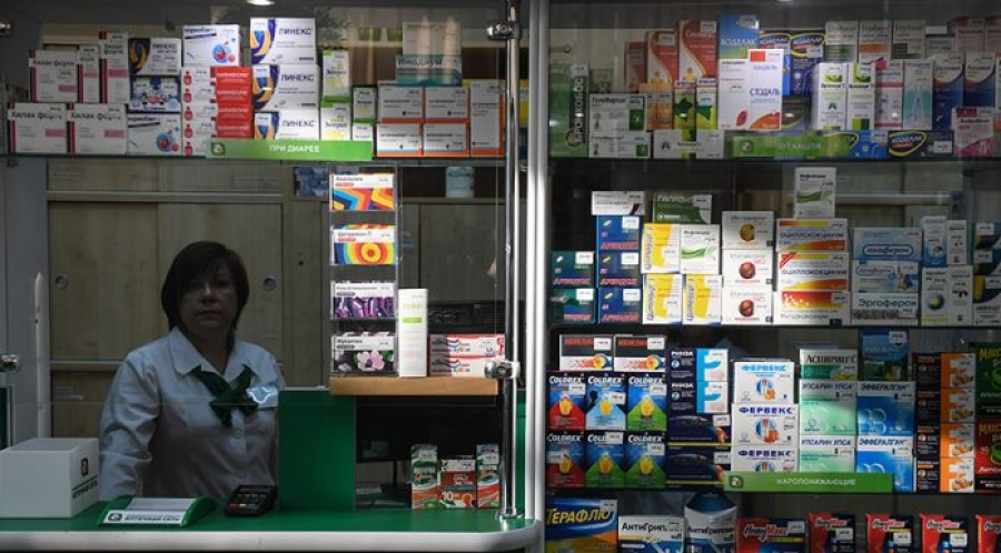 В Минздраве предложили запретить рекламу леденцов от боли в горле