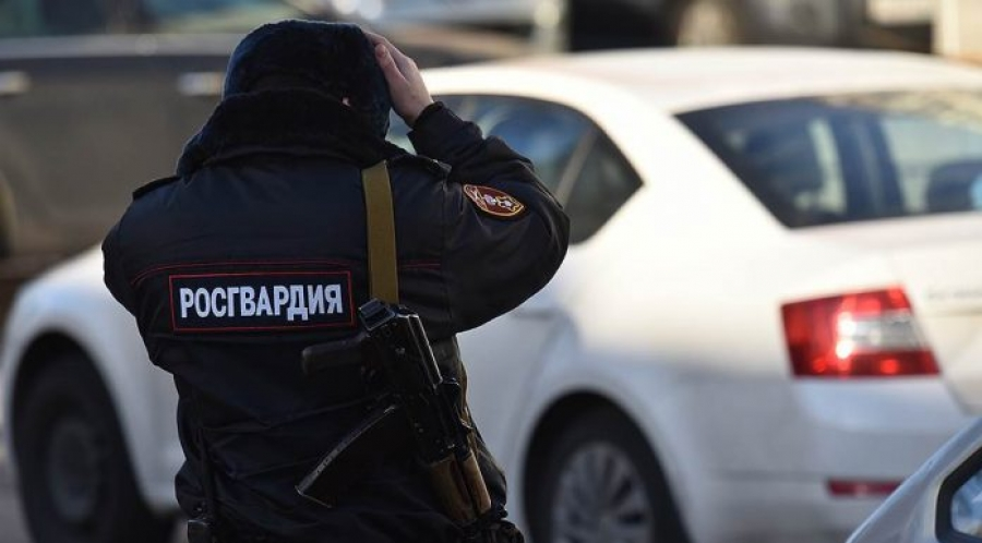 В Омске пациент тубдиспансера угрожал лечащему врачу ножом