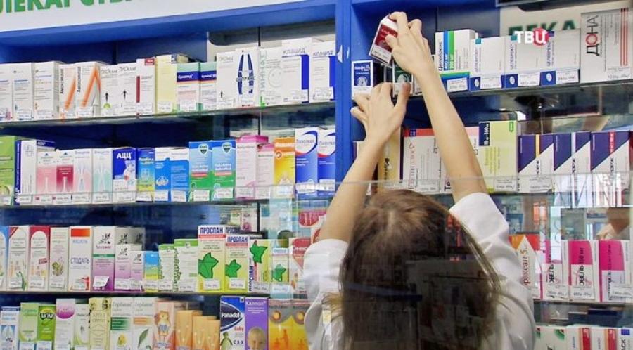 В России стало меньше врачей, считающих лекарства недоступными