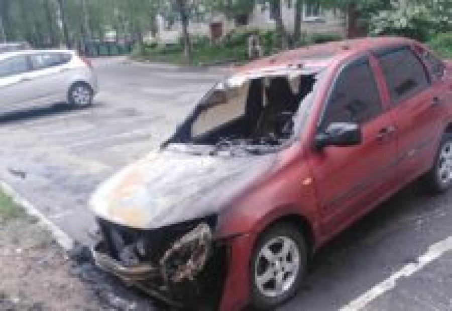 В Ярославской области задержали подозреваемых в поджогах машин врачей