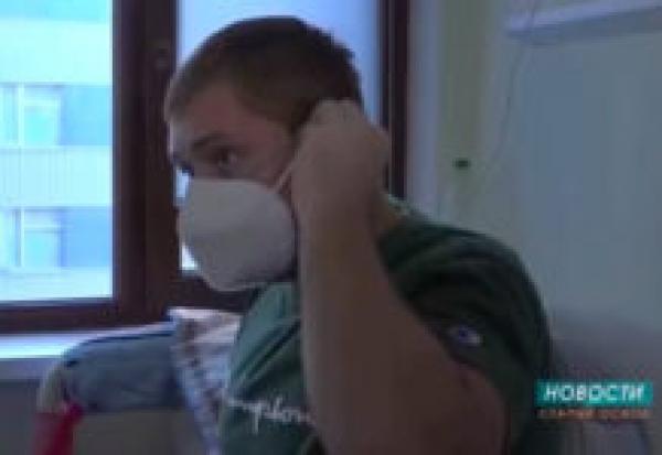 Журналисты выставили пациента с прививкой как страдающего от коронавируса антиваксера